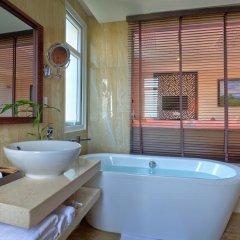 Royal Riverside Hoi An Hotel 4* Номер Делюкс с различными типами кроватей фото 6