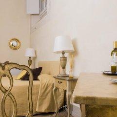 Отель Residenza D'Epoca Palazzo Galletti 2* Улучшенный номер с различными типами кроватей фото 3