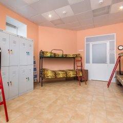 Star House Hostel Кровать в женском общем номере с двухъярусной кроватью фото 5