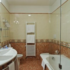 Hotel La Fenice Et Des Artistes 3* Стандартный номер с двуспальной кроватью фото 12
