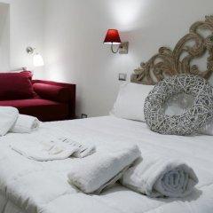 Отель Your Vatican Suite Стандартный номер с различными типами кроватей фото 18