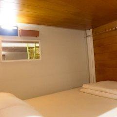 Отель Glur Bangkok Кровать в общем номере двухъярусные кровати фото 3
