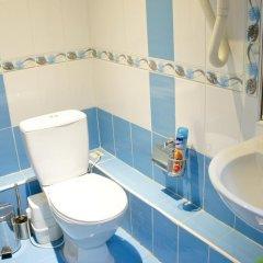 Мини-Отель Вивьен Стандартный номер с двуспальной кроватью (общая ванная комната) фото 30