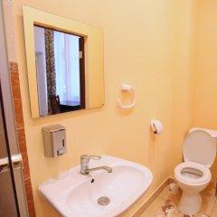 Cossacks Hostel Номер с общей ванной комнатой с различными типами кроватей (общая ванная комната) фото 7