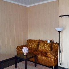 Мини-Отель Внучка Стандартный номер с двуспальной кроватью (общая ванная комната) фото 4