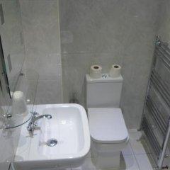 Отель Sandyford Lodge Глазго ванная фото 2