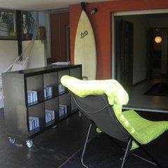 Апартаменты Apartment with Small Garden развлечения