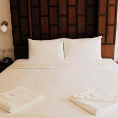 Отель The Album Loft at Phuket 3* Улучшенный номер с двуспальной кроватью