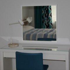 Отель eMKa Hostel Польша, Варшава - отзывы, цены и фото номеров - забронировать отель eMKa Hostel онлайн сейф в номере