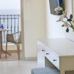 Aquamare Beach Hotel & Spa удобства в номере