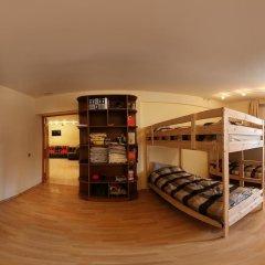 Stop-House Хостел Кровать в мужском общем номере с двухъярусными кроватями фото 2