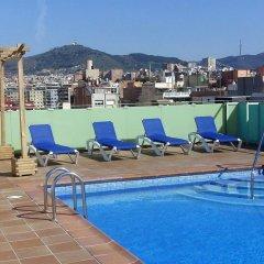 Отель Aura Park Fira Barcelona бассейн фото 2