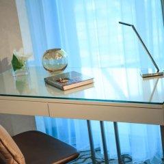 Renaissance Minsk Hotel 5* Номер Делюкс фото 2