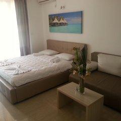 Апартаменты Apartments Aura комната для гостей фото 2