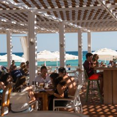 Отель Kairaba Alacati Beach Resort Чешме гостиничный бар
