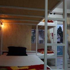 Dalat Backpackers Hostel Кровать в общем номере фото 14