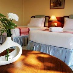 Отель Baan Pron Phateep Улучшенный номер с двуспальной кроватью фото 3