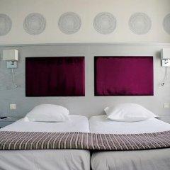 Отель Golden Tulip Reims L'Univers 4* Стандартный номер с двуспальной кроватью фото 3