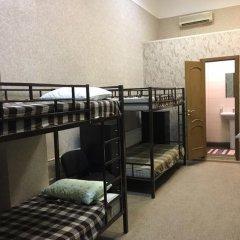 Гостиница Ланселот 2* Кровать в мужском общем номере с двухъярусной кроватью фото 3