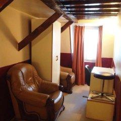 Hotel Du Pont Neuf Стандартный номер фото 17