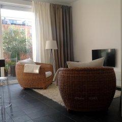 Отель Black & White Студия с различными типами кроватей