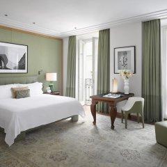 Four Seasons Hotel Milano 5* Представительский люкс с различными типами кроватей