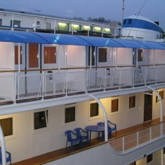Hotel-ship Petr Pervyi парковка