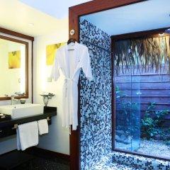 Отель Sofitel Moorea la Ora Beach Resort 5* Бунгало Luxury с различными типами кроватей