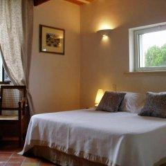 Отель Le Mas de la Treille Bed & Breakfast 3* Улучшенный номер с различными типами кроватей фото 4