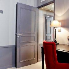 Отель Hôtel Alexandra 4* Номер Премиум с различными типами кроватей фото 7