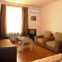 Апартаменты Luxe Apartment on Abovyan Street комната для гостей