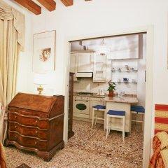 Hotel San Luca Venezia 3* Улучшенные апартаменты с различными типами кроватей фото 5