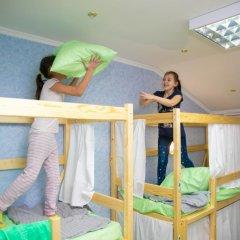 Hostel Ogurets Кровати в общем номере с двухъярусными кроватями фото 7