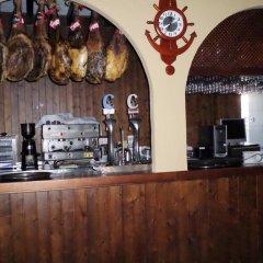 Отель Hostal Restaurante La Ilusion Испания, Вехер-де-ла-Фронтера - отзывы, цены и фото номеров - забронировать отель Hostal Restaurante La Ilusion онлайн питание