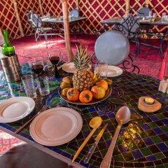Отель Ali & Sara's Desert Palace Марокко, Мерзуга - отзывы, цены и фото номеров - забронировать отель Ali & Sara's Desert Palace онлайн питание фото 2