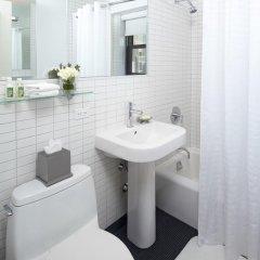 Отель Oakwood at The Nash ванная фото 2