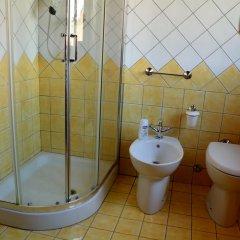 Отель Osimo Apartments Италия, Озимо - отзывы, цены и фото номеров - забронировать отель Osimo Apartments онлайн ванная