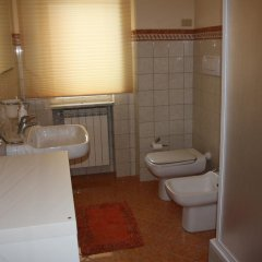 Отель Bed and Breakfast Luna Chiara Пьяцца-Армерина ванная фото 2
