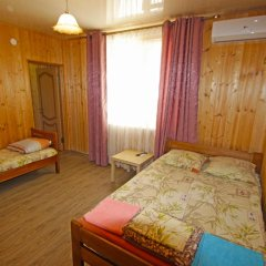 Гостиница Guest House on Turgeneva 172a в Анапе отзывы, цены и фото номеров - забронировать гостиницу Guest House on Turgeneva 172a онлайн Анапа комната для гостей фото 3