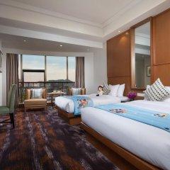 Отель Hangzhou Hua Chen International 4* Улучшенный семейный номер с двуспальной кроватью фото 5