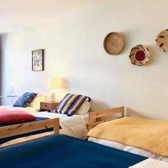 Отель YOURS GuestHouse Porto 4* Стандартный номер с различными типами кроватей фото 2