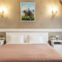 Historical Hotel Fortetsya Hetmana 4* Люкс с различными типами кроватей фото 2
