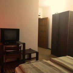 Гостиница Дубки 3* Стандартный номер с двуспальной кроватью фото 5