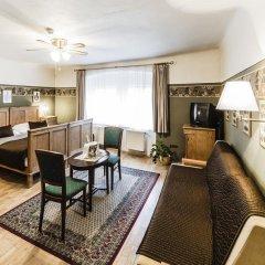 Отель Archibald At the Charles Bridge 4* Стандартный номер с различными типами кроватей фото 12