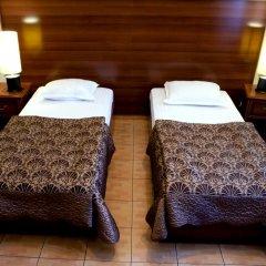 Гостиница Верховина на Окружной 3* Стандартный номер с 2 отдельными кроватями
