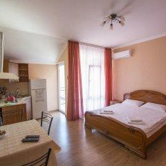 Гостевой Дом Лазурный Студия с разными типами кроватей фото 6