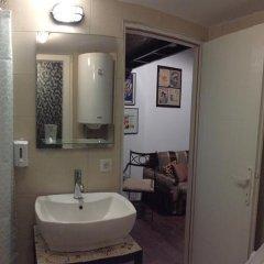 Отель Authentic Belgrade Centre Hostel Сербия, Белград - отзывы, цены и фото номеров - забронировать отель Authentic Belgrade Centre Hostel онлайн ванная