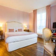 Отель Eiffel Trocadéro 4* Улучшенный номер с различными типами кроватей