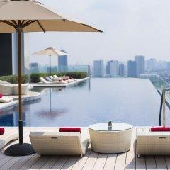 AVANI Riverside Bangkok Hotel бассейн