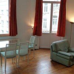 Апартаменты Dominicains Apartments Брюссель комната для гостей фото 5